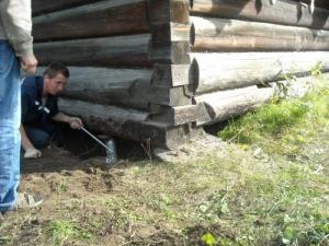 Подъем дома с заменой фундамента своими руками