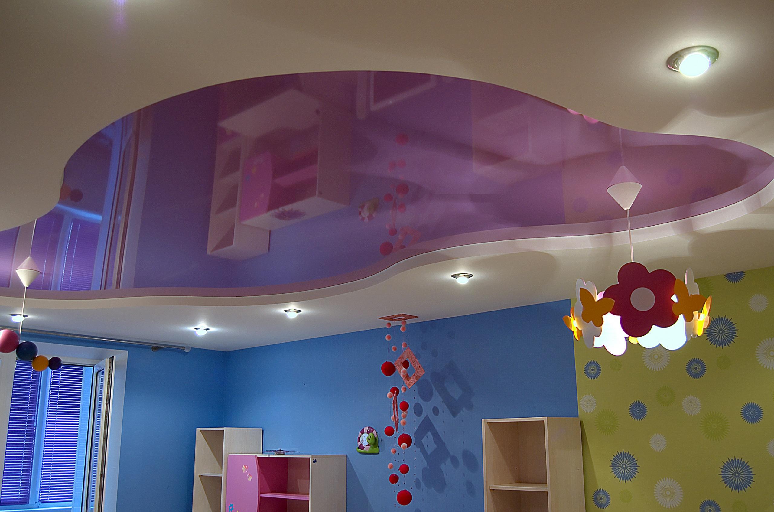 Фото Натяжной потолок в детской спальне