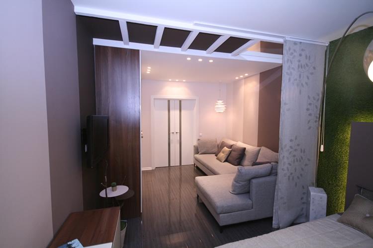 фото Разделение комнаты на 2 зоны - спальня и гостиная