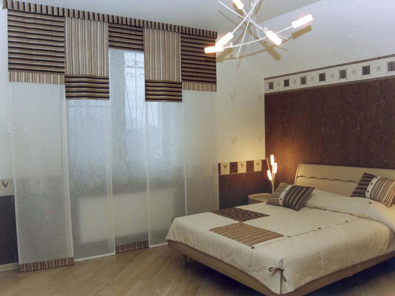 фото Рулонные занавески в спальню