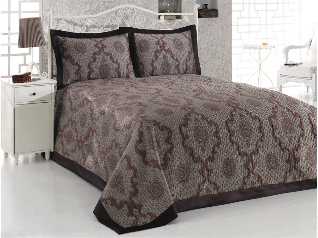 Фото Покрывало для спальни: применение контраста в интерьере