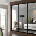 Built-in-wardrobe-sliding-doors-1