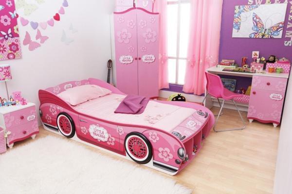 фото Дизайнерская кровать в детской