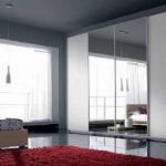 Grey-Mirrored-Sliding-Doors-Wardrobe-from-Corazzin-800x509