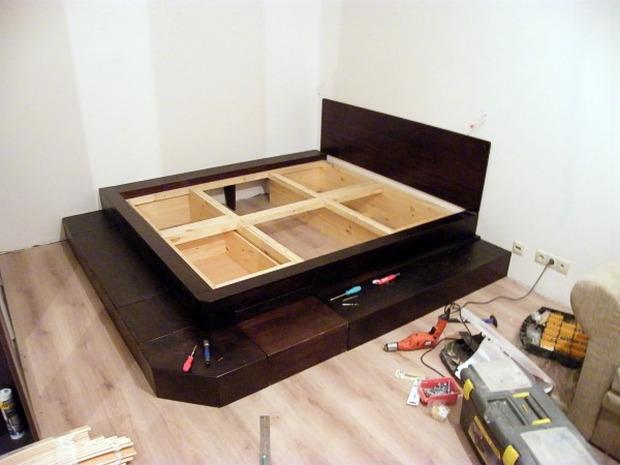 фото Необходимый инструмент и используемые материалы кровати подиума