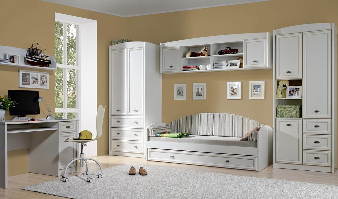 фото Интерьер с белой мебелью