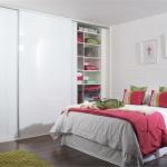 fitted-sliding-wardrobe-white-glass-bedroom-thumb