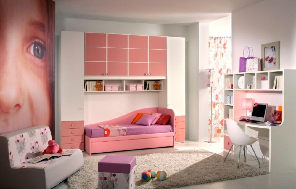 Фото Зона игр в девичьей спальне