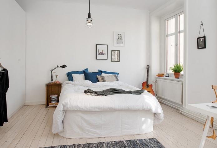 фото Интерьер спальни в скандинавском стиле - белые тона