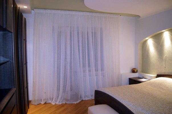 фото Тюль для спальни в минимализме