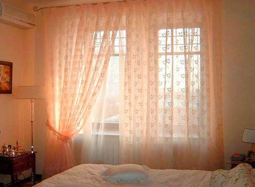 Фото Тюль и спальня в персиковых цветах