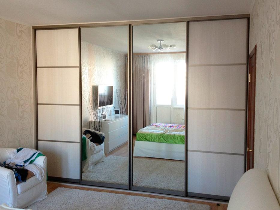 фото Встроенный шкаф-купе в спальне, пример 3