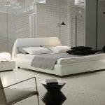 бело-черная комната в стиле минимализм