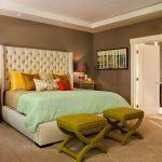 банкетки пуфы в интерьере спальни