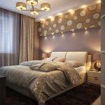 спальня со встроенными светильниками в стене