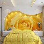 фотообои над кроватью - бутон желтой розы