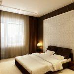 интерьер спальни в коричнево-белых тонах