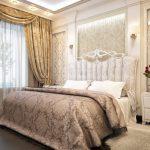 классическая спальня с шикарной кроватью