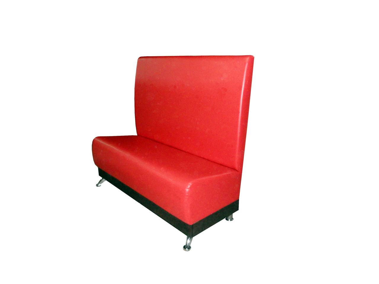 красная банкетка диван