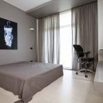 спальня в стиле минимализм в серых тонах
