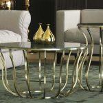 прикроватный столик с железными ножками