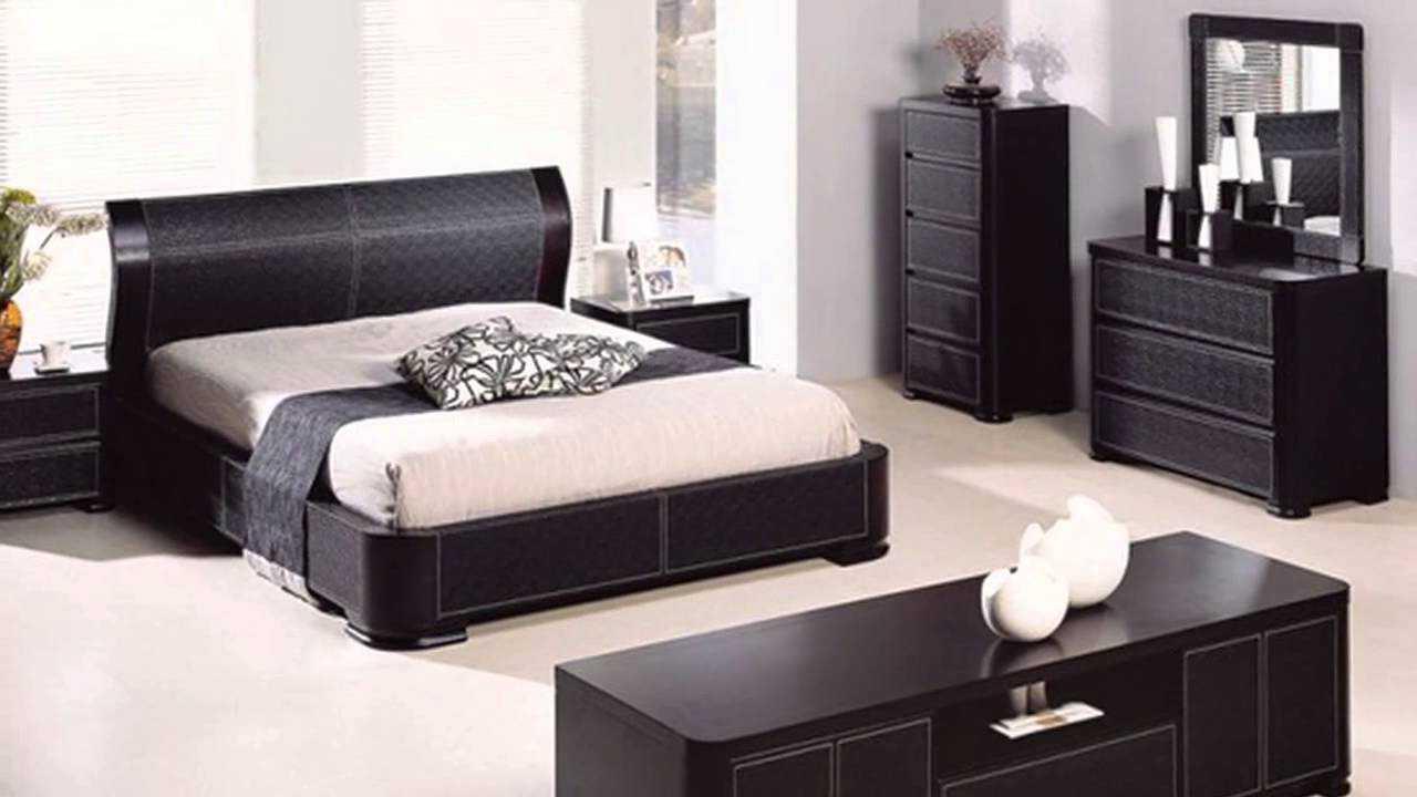 спальня в стиле хай-тек с темной мебелью