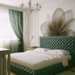 спальня с зеленой кроватью и шторами, рисунок на стене