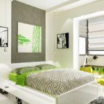спальня в экостиле с объединенной лоджией
