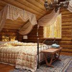 спальня в стиле деревни с балдахином