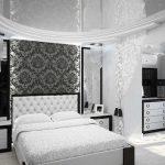 черно-белая спальня с текстилем