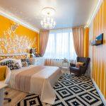 дизайн интерьера спальни в желтых тонах