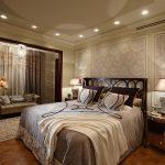 дизайн спальни с объединенным балконом