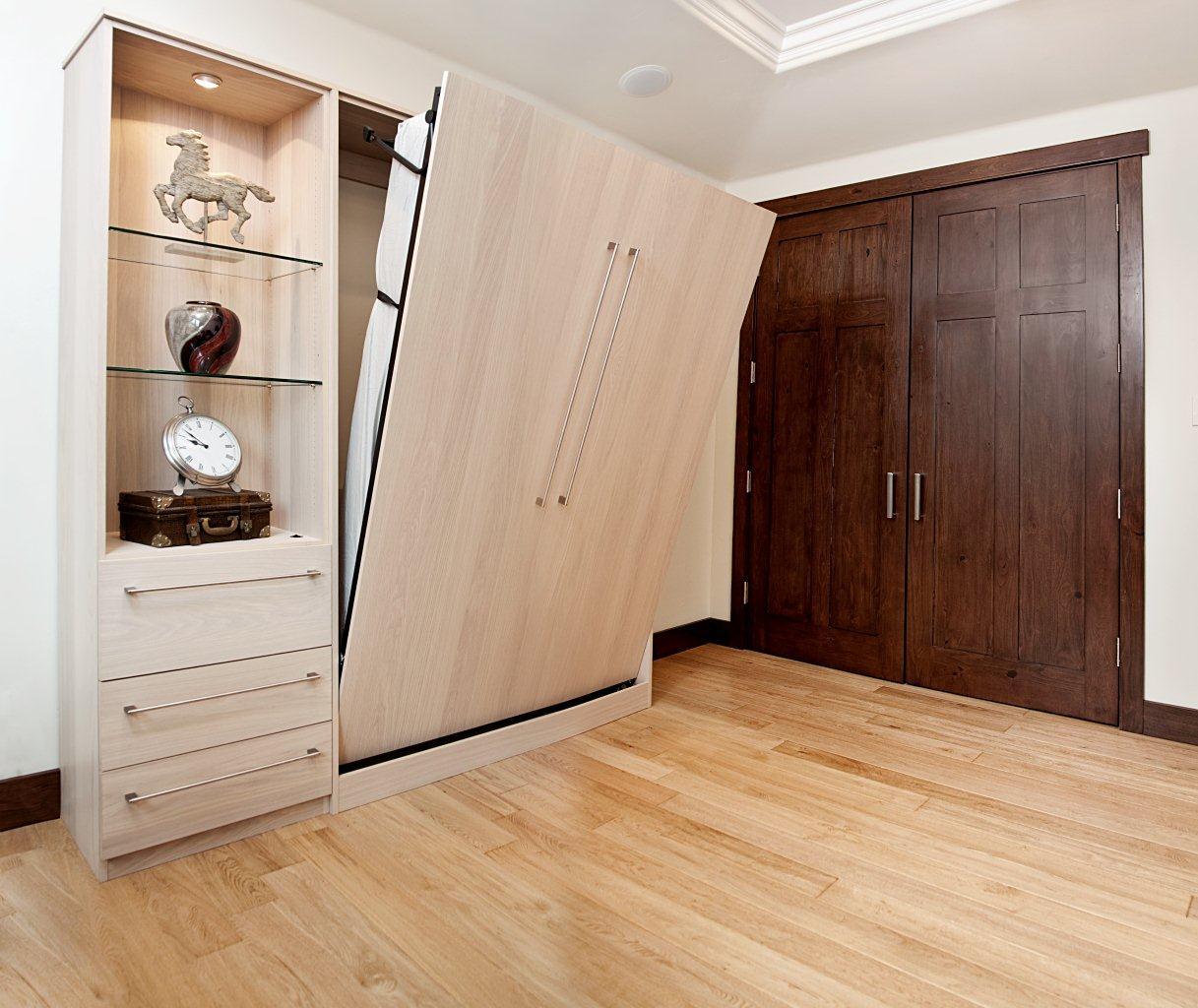 многофункциональная мебель в спальне