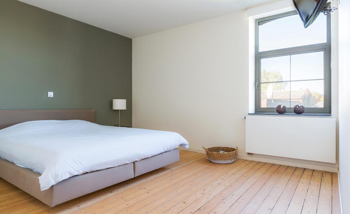 закрытие радиатора в спальне