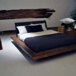 дизайн интерьера спальни в стиле лофт синий текстиль