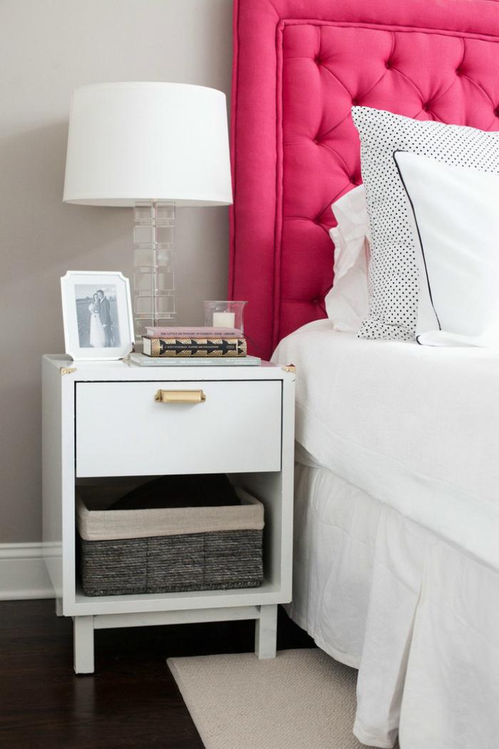 прикроватный столик издеоева белый с ящиками