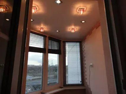 Этапы установки потолка на балконе