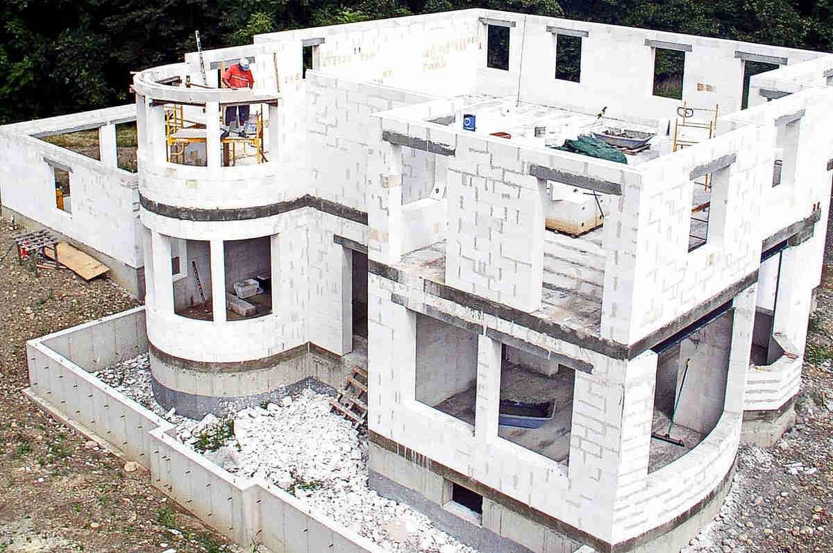 Строим дома из пеноблоков