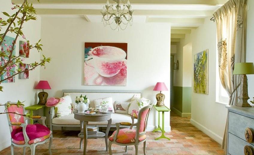 Как украсить интерьер фресками
