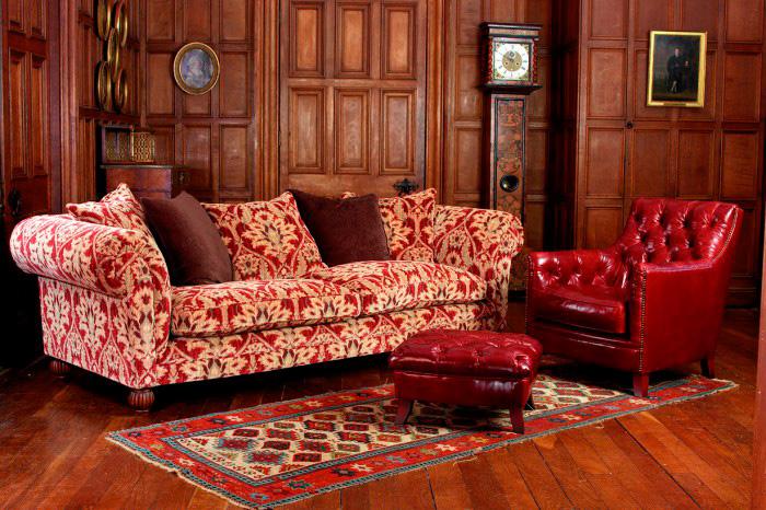 Осматриваем диваны в викторианском стиле