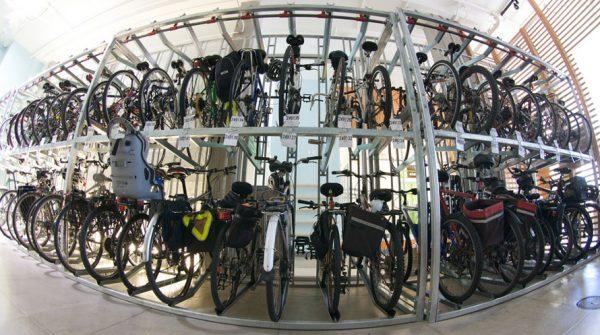 hranenie-velosipeda-na-sklade