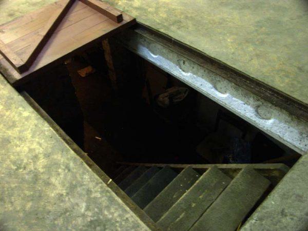 podval-v-garazhe1