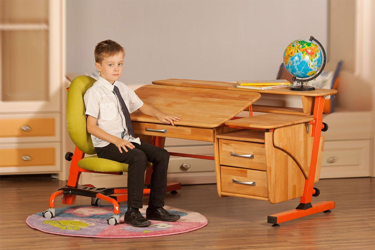Критерии при выборе стола для школьника