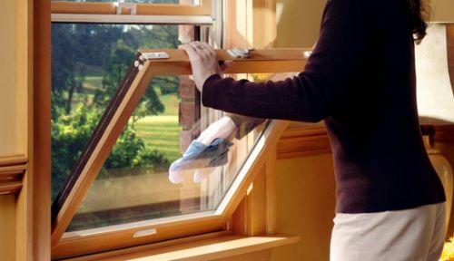 как мыть деревянные окна