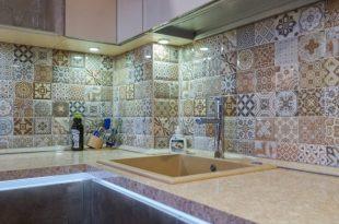 Панно из керамической плитки для кухни