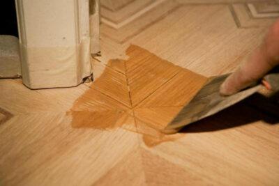 Современная напольная химия - отличный уход за деревянным полом и паркетом